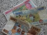500f ($1) 1000f ($2) 2000f ($4)